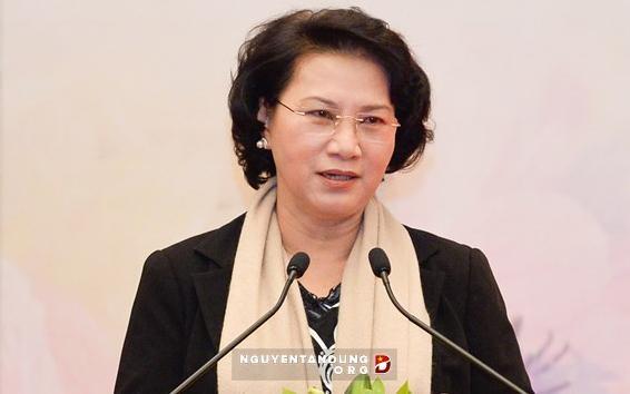 越南国会审议任免一些国会领导职务 - ảnh 1