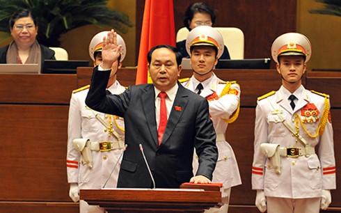 陈大光当选越南国家主席 - ảnh 1