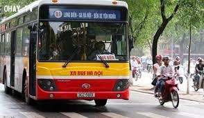 公交车——首都居民的亲密旅伴 - ảnh 3