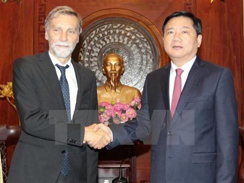 胡志明市愿加强与意大利企业的合作 - ảnh 1
