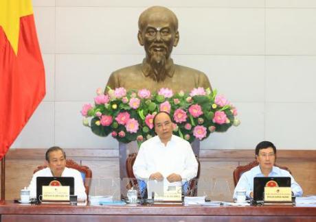 阮春福:各部门要继续指导组织实施被交付的重点任务 - ảnh 1
