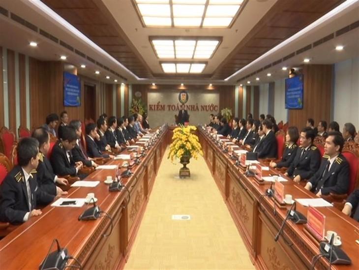 越南国会副主席冯国显向国家审计署干部职工拜年 - ảnh 1