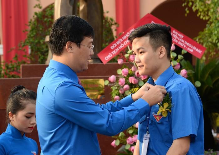 胡志明主席永远活在越南人民心中 - ảnh 1