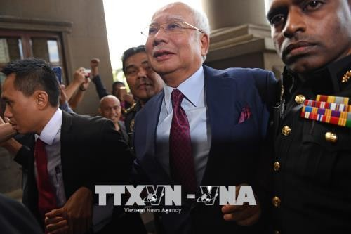 马来西亚前总理纳吉布出庭受审 被控贪污罪 - ảnh 1