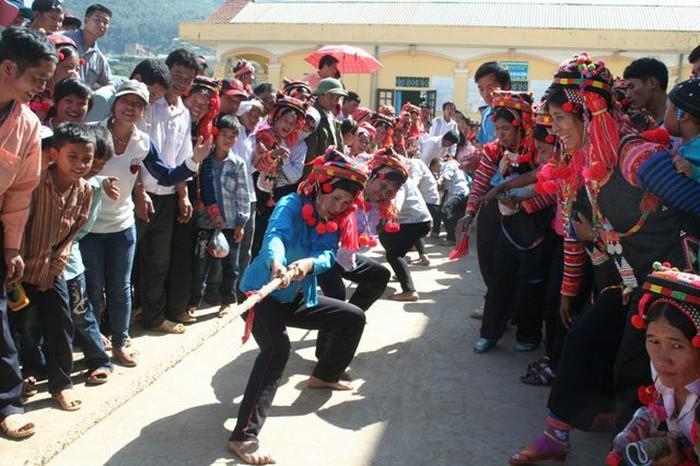 莱州省哈尼族同胞喜迎新年 - ảnh 1