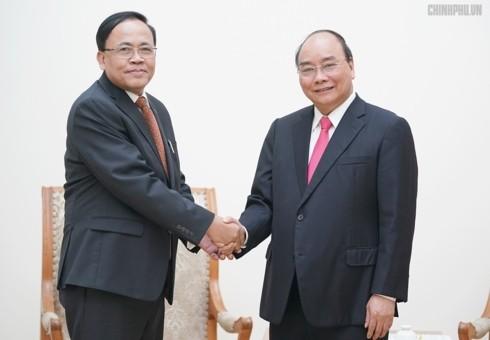 阮春福会见缅甸国际合作部部长吴觉丁 - ảnh 1