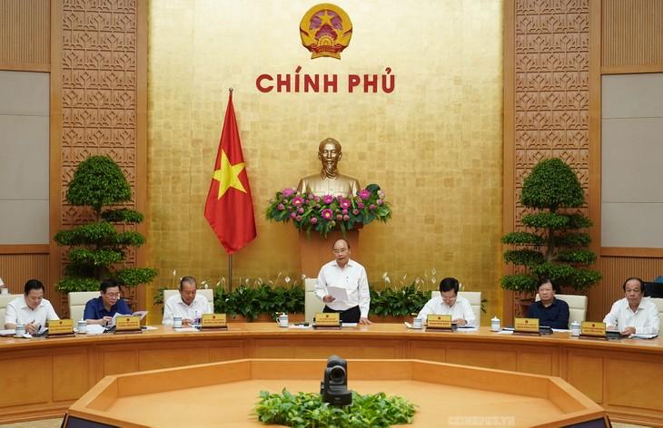 越南政府总理阮春福主持国有资本管理委员会工作会议 - ảnh 1