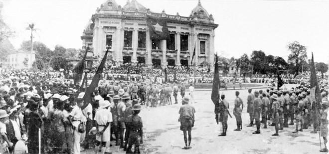 72è anniversaire de la Révolution d'août 1945 - ảnh 1