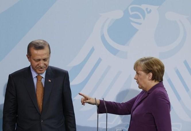 Merkel: pas question de créer l'Union douanière avec la Turquie dans ces conditions - ảnh 1