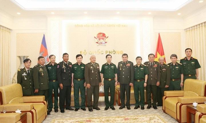 Booster la coopération militaire Vietnam-Cambodge - ảnh 1