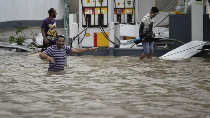 "Porto Rico a été ""anéanti"" par l'ouragan Maria selon Donald Trump - ảnh 1"