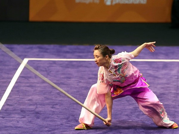 Duong Thuy Vi remporte de l'or au championnat mondial de wushu 2017 - ảnh 1