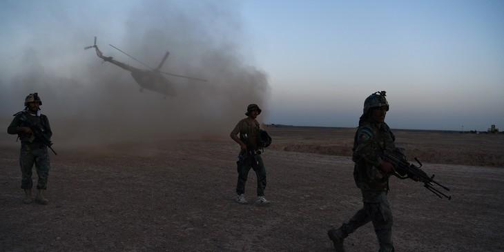 Dix membres des forces de sécurité tués dans un raid aérien afghan - ảnh 1