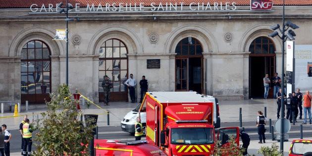 L'État islamique revendique l'attaque au couteau de Marseille - ảnh 1