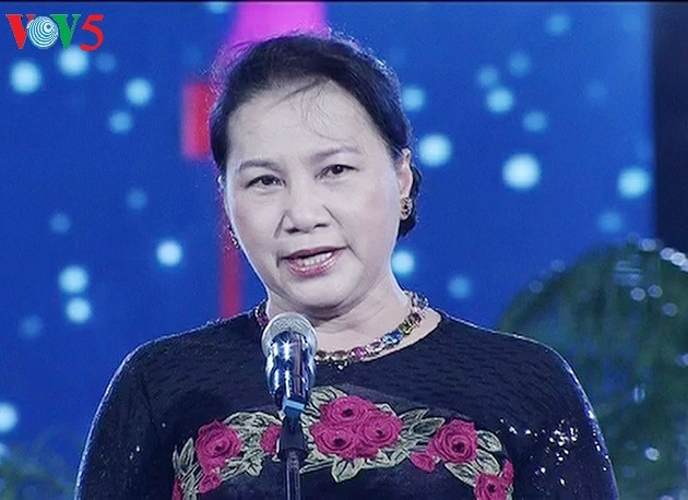 Pour un meilleur avenir des enfants vietnamiens - ảnh 1