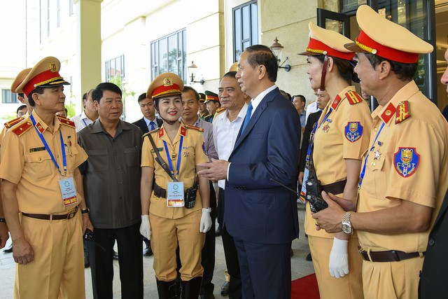 Le chef de l'Etat préside la répétition générale de la Semaine du Sommet de l'APEC - ảnh 1