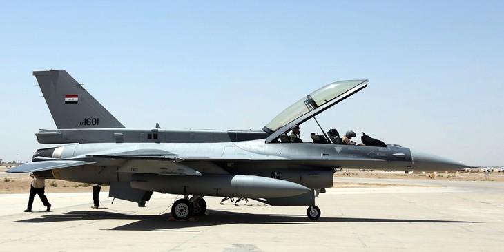 """L'Irak affirme avoir tué 36 """"terroristes de l'EI"""" dans son raid en Syrie - ảnh 1"""