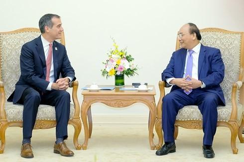 Nguyên Xuân Phuc rencontre le maire de Los Angeles - ảnh 1