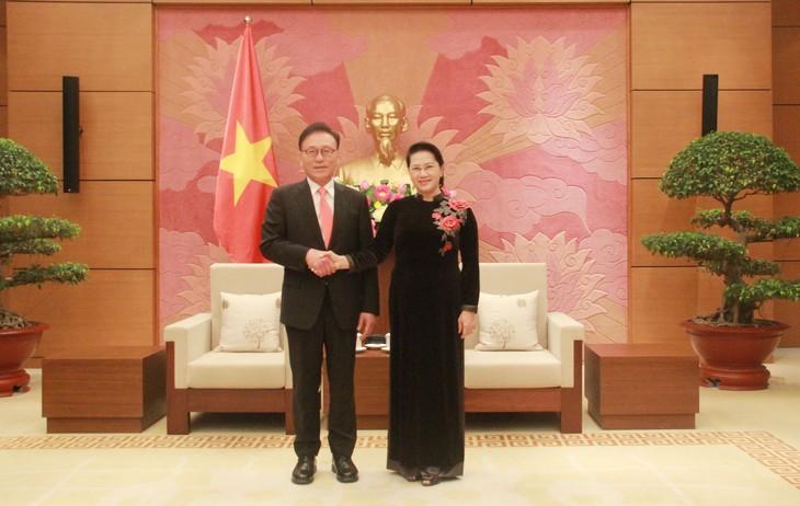 Nguyên Thi Kim Ngân: le Vietnam prend pour sien le succès des entreprises sud-coréennes - ảnh 1
