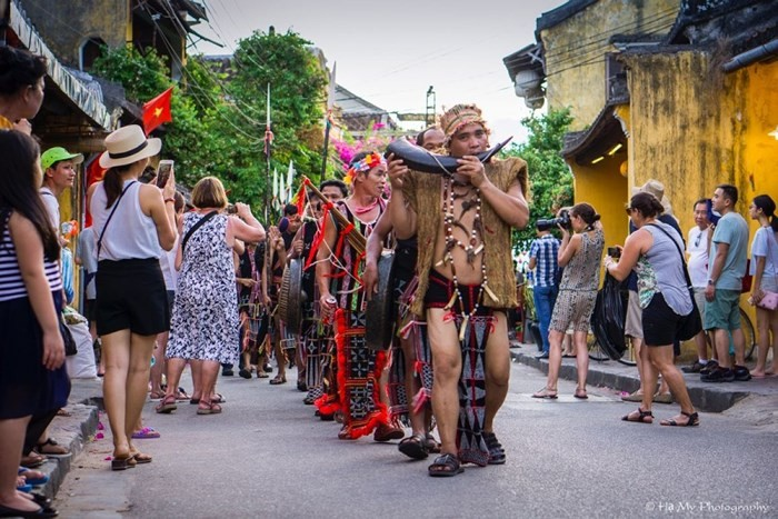 Fête culturelle des ethnies de la région du Centre 2018 - ảnh 1