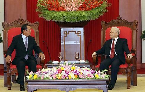 Nguyên Phu Trong reçoit Hun Sen - ảnh 1