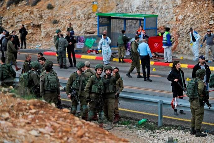 Deux Israéliens tués en représailles d'un raid ayant fait deux morts palestiniens - ảnh 1