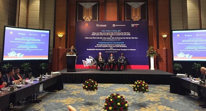 Publication d'un rapport sur les transports routier et fluvial du Vietnam - ảnh 1