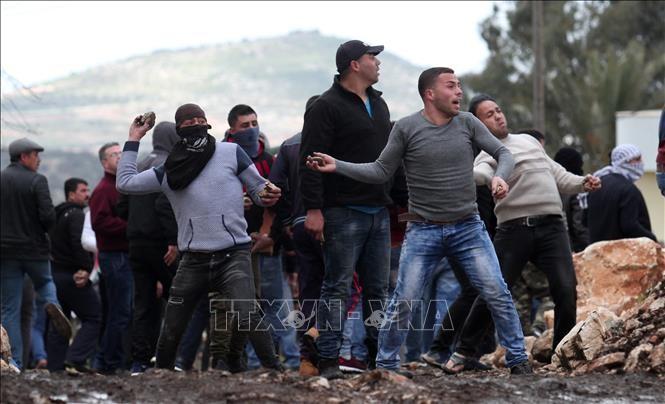 Un secouriste palestinien tué en Cisjordanie, tensions près de Gaza - ảnh 1