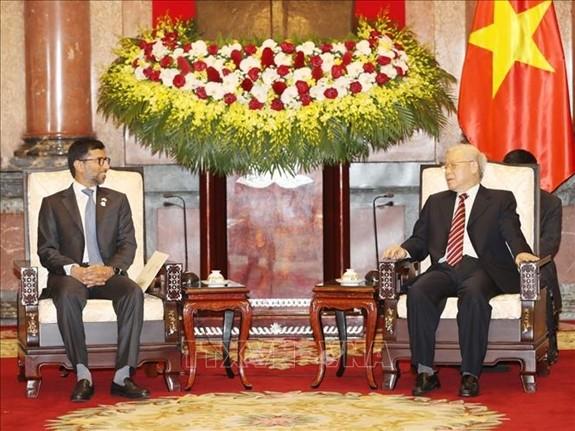 Nguyên Phu Trong reçoit le ministre de l'Energie et de l'Industrie des Emirats arabes unis - ảnh 1