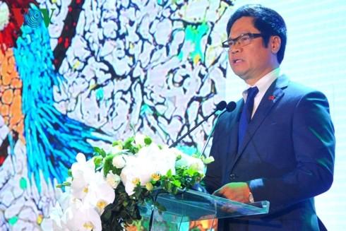 Quang Ninh à nouveau en tête du classement national de compétitivité des provinces  - ảnh 1