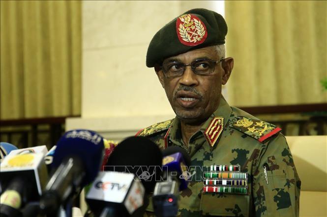 Soudan: l'armée décrète un état d'urgence et un couvre-feu - ảnh 1
