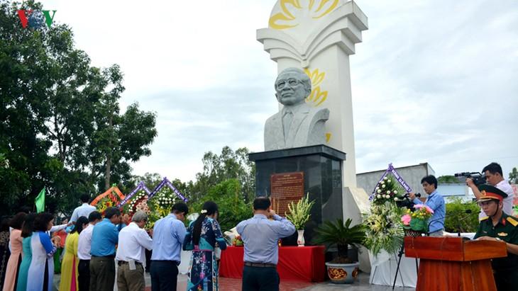 Vo Van Kiêt dans le cœur des habitants de Long Xuyên - ảnh 2