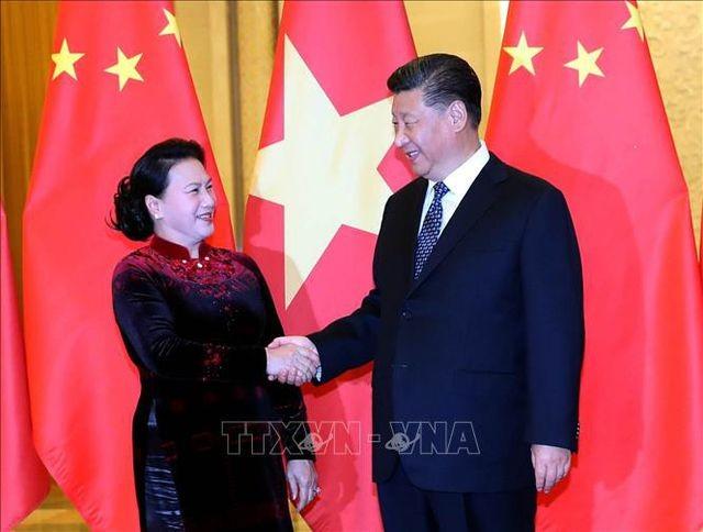 La présidente de l'Assemblée nationale vietnamienne reçue par Xi Jinping - ảnh 1