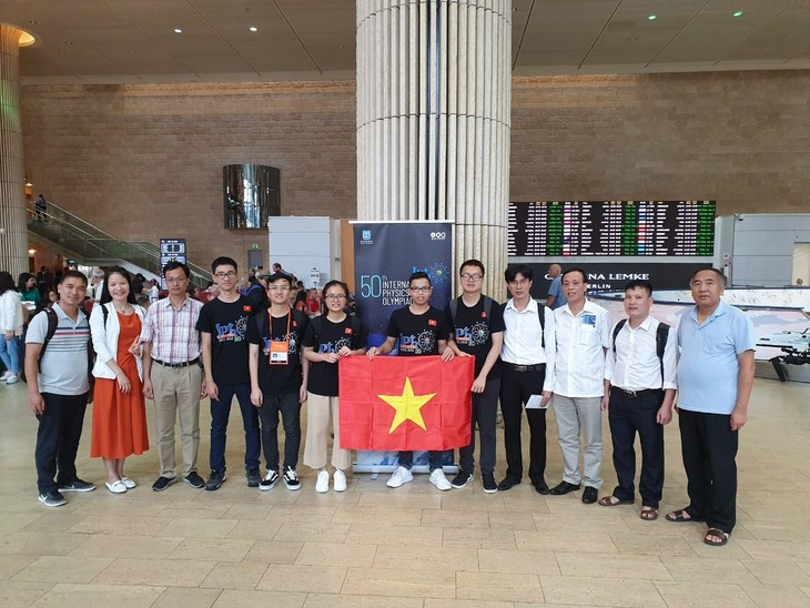 Olympiades de physique 2019: beaux succès des élèves vietnamiens  - ảnh 1