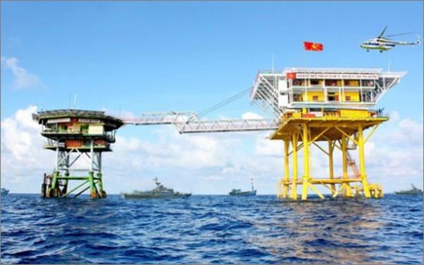 Experts russes: le Vietnam a une position explicite sur la mer Orientale - ảnh 1