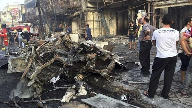 Iraq: Civilians killed in Baghdad blast at Shia mosque - ảnh 1