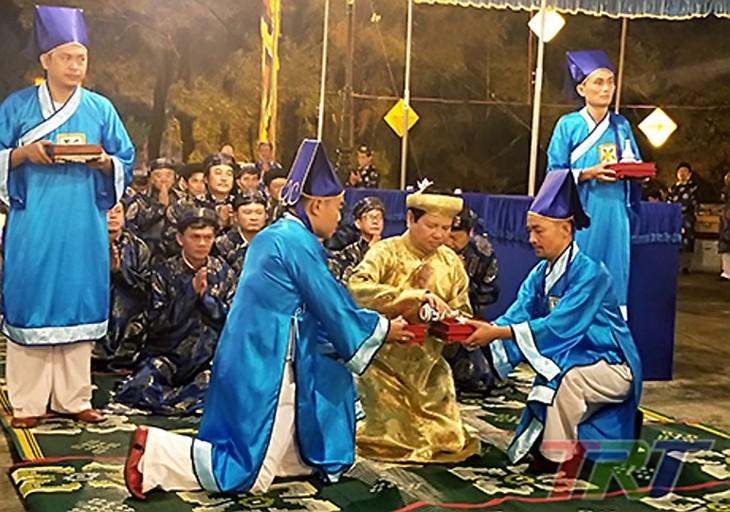 Inauguration du 10e festival de Huê - ảnh 1