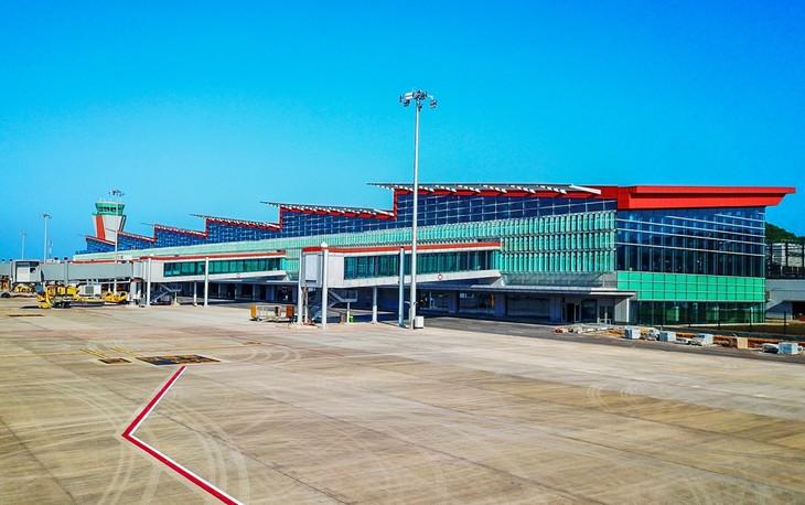 L'aéroport international de Vân Dôn  - ảnh 1