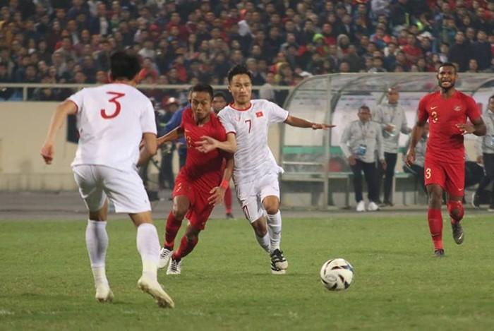 Football: le Vietnam bat l'Indonésie - ảnh 1