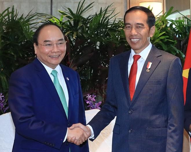 Rencontres de Nguyên Xuân Phuc avec des dirigeants de pays aséaniens - ảnh 2