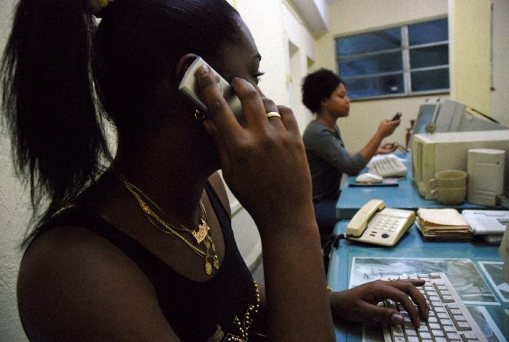 US, Cuba reestablish direct phone links - ảnh 1