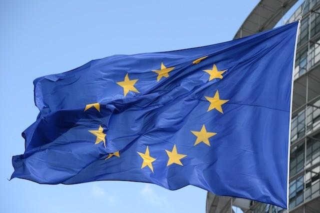 EU extends sanctions against Russia for 6 months - ảnh 1