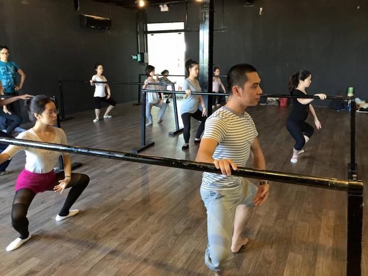 Ballet classes for adult      - ảnh 1