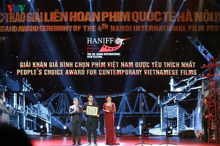 Spectaclular closing ceremony of Hanoi International Film Festival  - ảnh 9