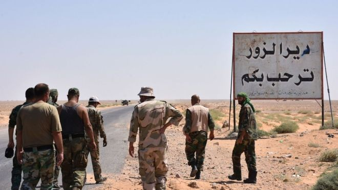 IS foreign leaders flee battles in Syria - ảnh 1