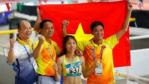 Vietnam's track and field wins first ASIAD gold medal  - ảnh 1