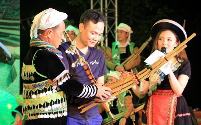 Mong ethnic culture highlighted in Hanoi, Yen Bai - ảnh 1