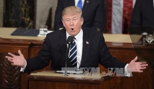 ປະທານາທິບໍດີ Donald Trump ດ້ວຍວິໄສທັດປະເອີບໃຈ ກ່ຽວກັບປະເທດ ອາເມລິກາ - ảnh 1