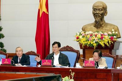 Wettbewerbe sollen mit der Umsetzung der Wirtschaftsaufgaben verbunden werden - ảnh 1