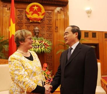 Hessische Kultusministerin besucht Vietnam - ảnh 1